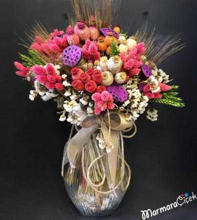Kuru Çiçeklerden Aranjman