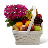 Sepette Çiçek Ve Meyve
