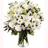 Beyaz Çiçeklerden Buket