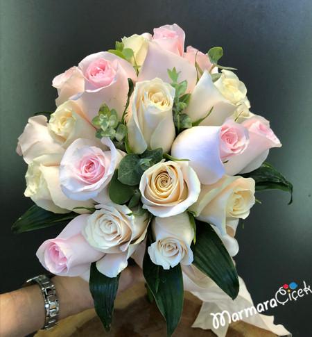 Soft Güllerden Gelin Buketi
