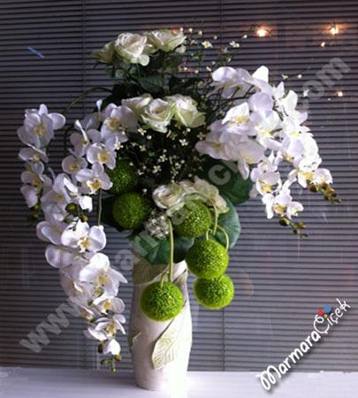 Büyük Yapay Çiçek