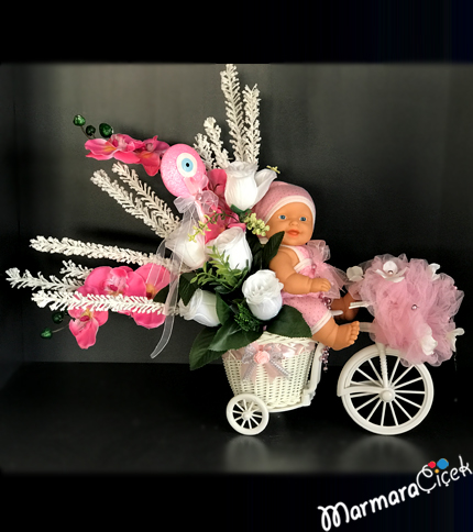 Bisiklette Yapay Kýz Bebekli