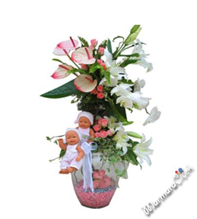 Canlý Çiçek Bebek Aranjmaný
