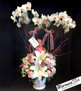 Bebekli Orkideli Aranjman