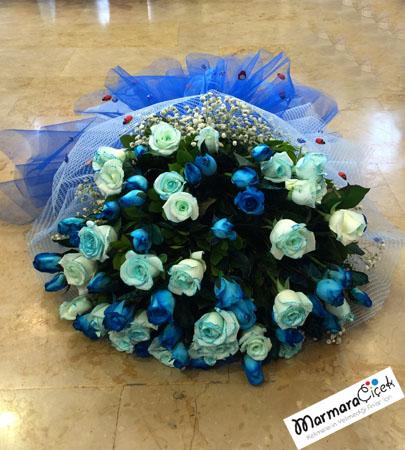Mavi Gül Buketi