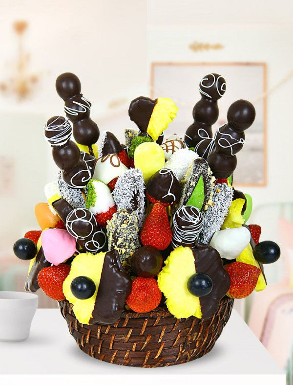 Miraa Çikolatalý Meyve Sepeti