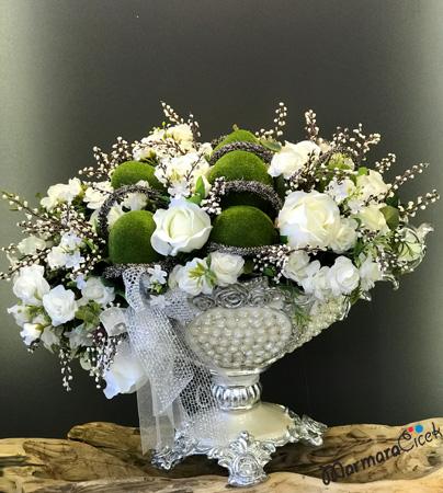 deneme Gondolda Beyaz Güller