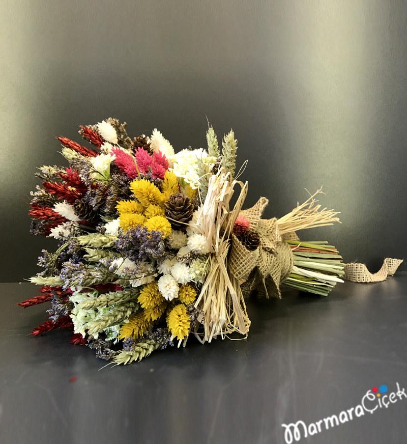 Kuru Çiçeklerden Gelin Buketi