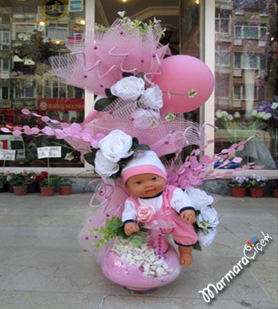 Yapma çiçek bebekli